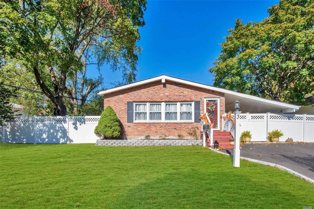 3 East Hill Drive, Smithtown, NY 11787 - MLS#: 3173634