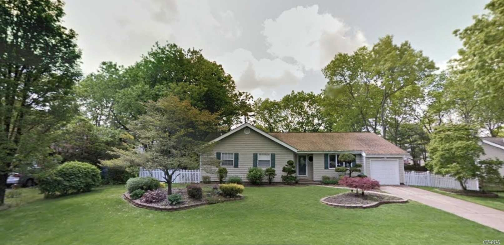 29 Concord Drive, Holtsville, NY 11742 - MLS#: 3199634