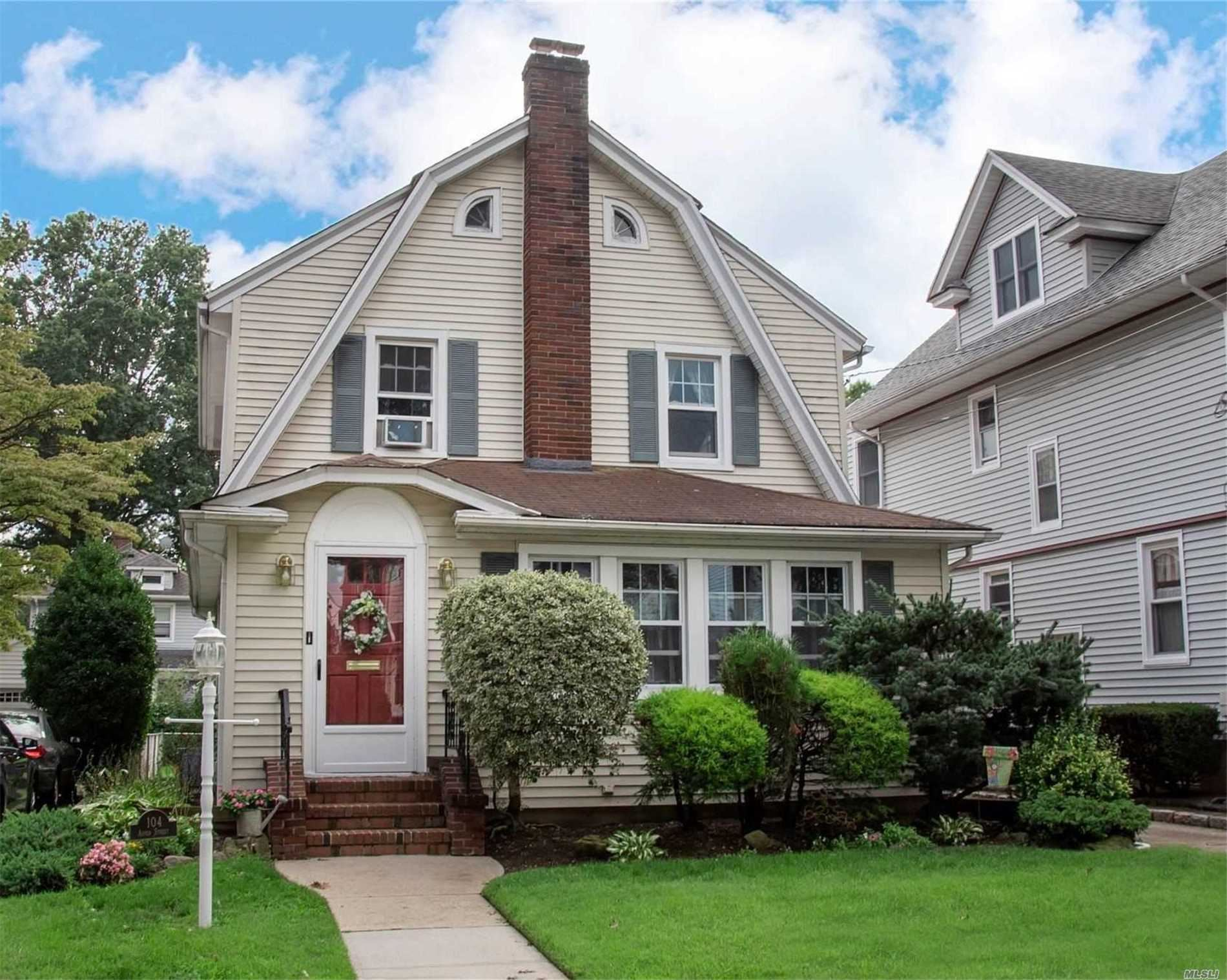 104 Aspen Street, Floral Park, NY 11001 - MLS#: 3244634