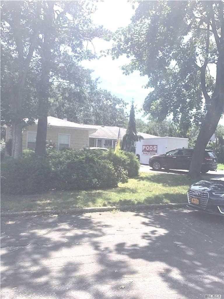 10 Berwyn Drive, Lake Ronkonkoma, NY 11779 - MLS#: 3241637