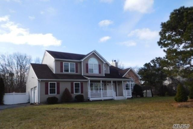 10 Bittersweet Lane, Center Moriches, NY 11934 - MLS#: 3098639