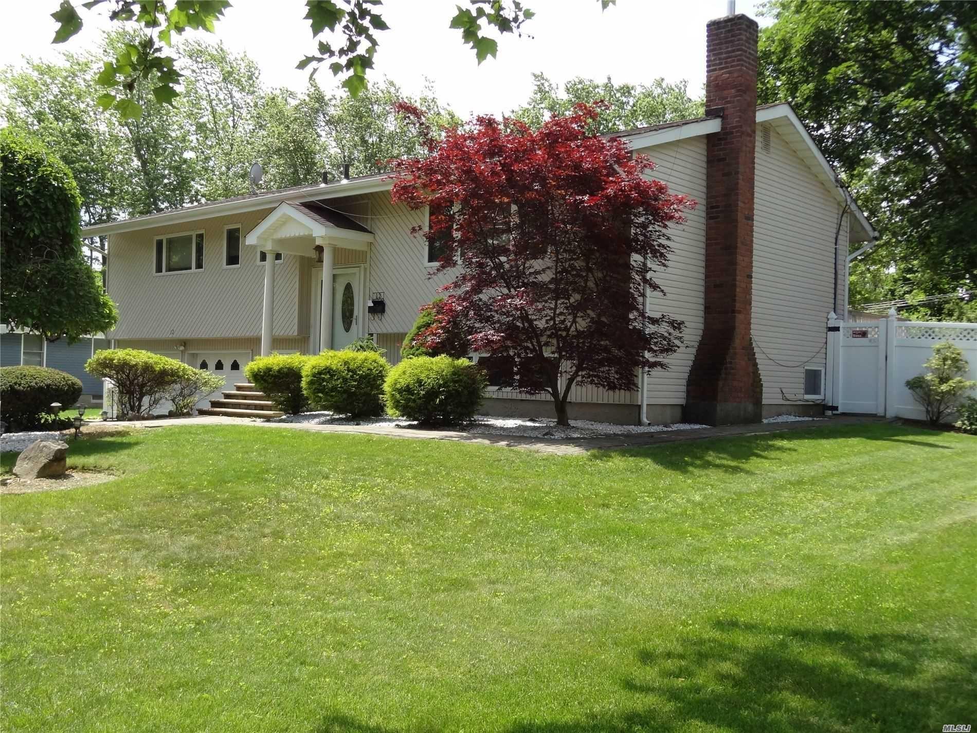 12 Glover Drive, Dix Hills, NY 11746 - MLS#: 3226641