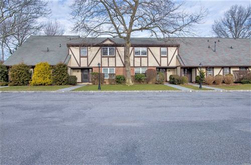 Photo of 10 Leland Ln #23, Southampton, NY 11968 (MLS # 3194642)