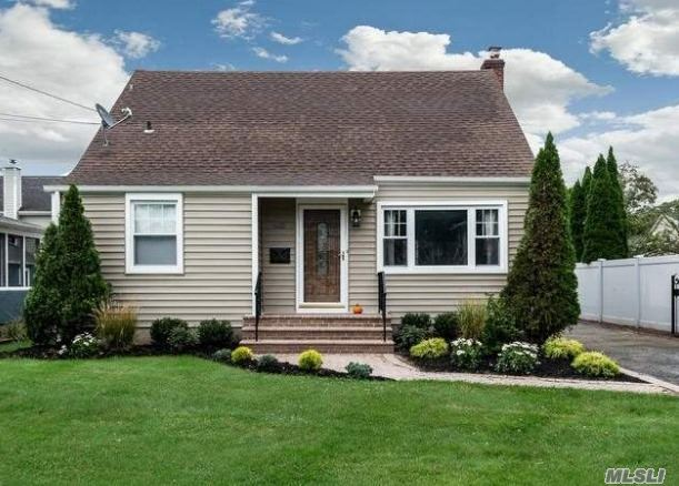 43 Clifford Place, East Norwich, NY 11732 - MLS#: 3207643