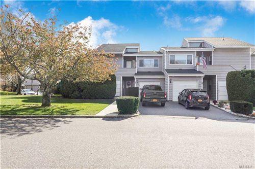 Photo of 31 Vista Drive, Manorville, NY 11949 (MLS # 3282644)