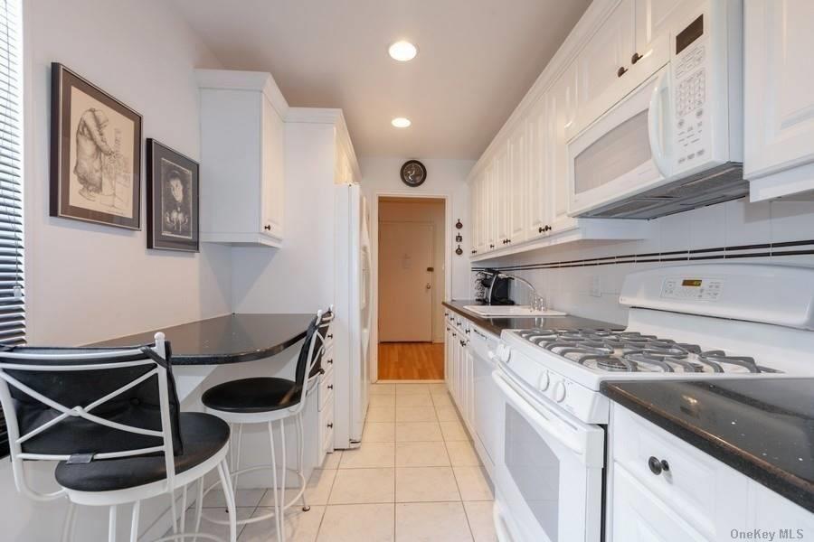 18-40 211 Street #6C, Bayside, NY 11360 - MLS#: 3293646
