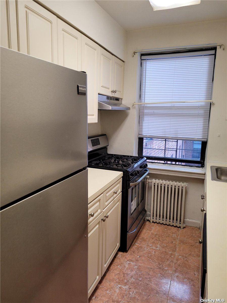 215-30 47 Avenue #2A, Bayside, NY 11361 - MLS#: 3300646