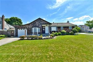 Photo of 79 Louis Dr, Farmingdale, NY 11735 (MLS # 3140648)