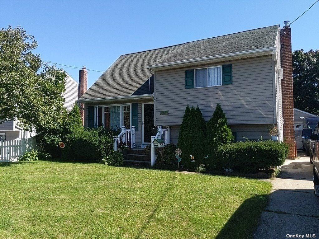15 East Drive, Copiague, NY 11726 - MLS#: 3350648