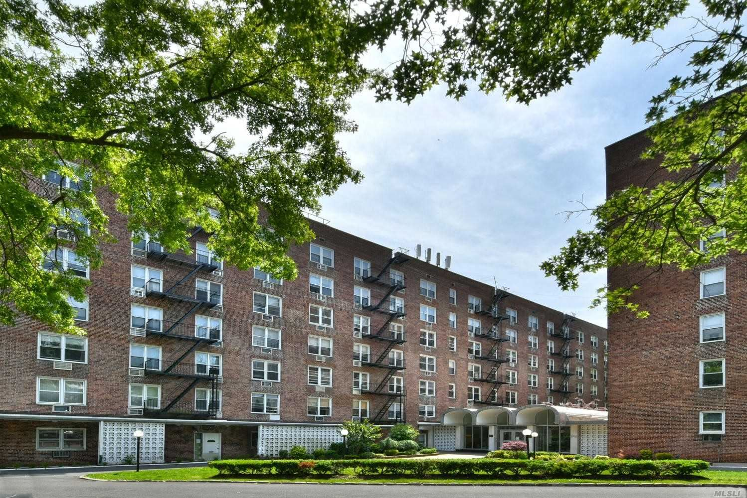 54-44 Little Neck Pkwy #3B, Little Neck, NY 11362 - MLS#: 3224651