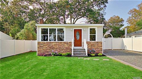 Photo of 254 Woodycrest Drive, Holtsville, NY 11742 (MLS # 3259652)