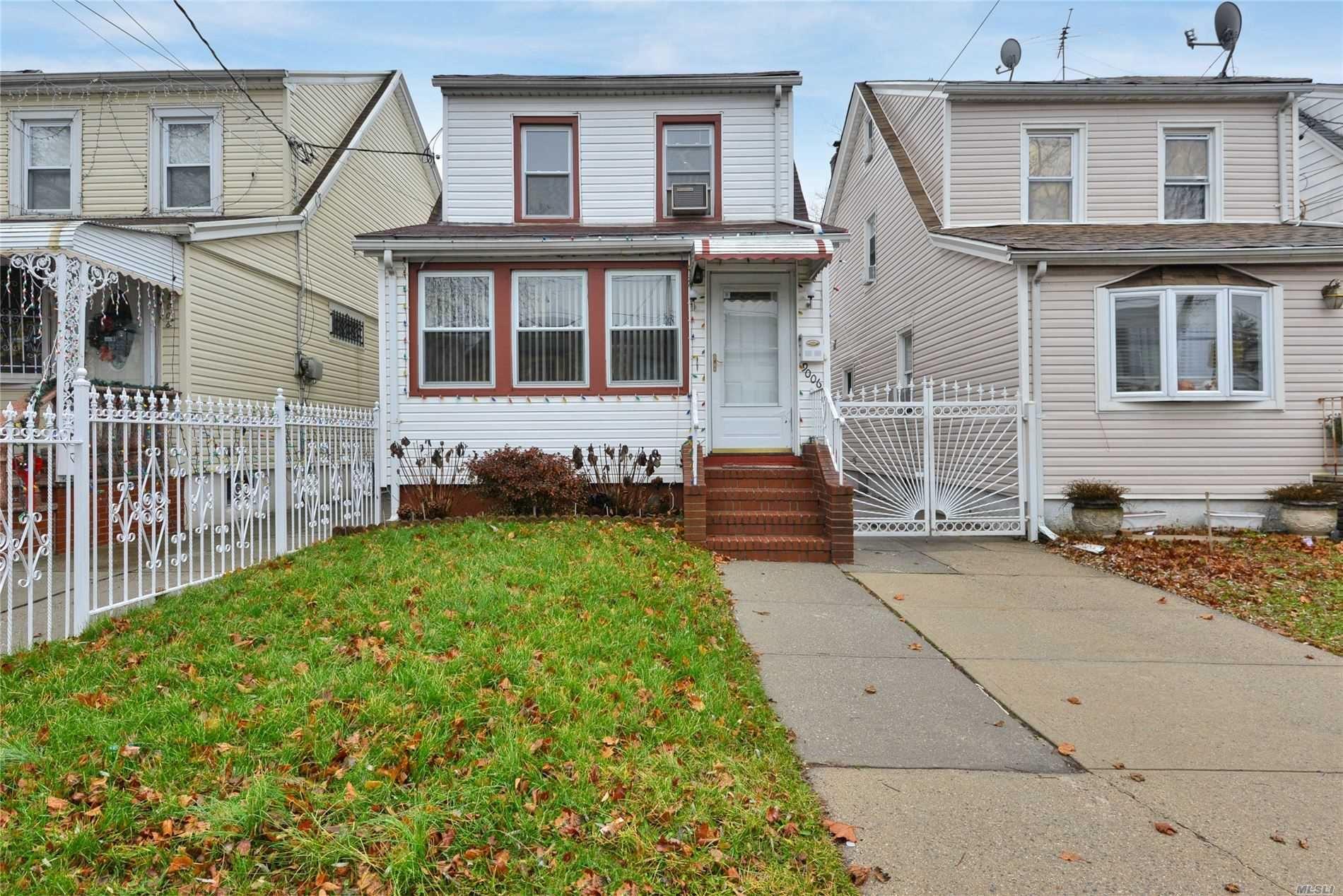 90-06 207th Street, Queens Village, NY 11428 - MLS#: 3186655