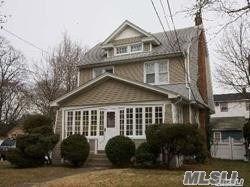 260 Earle Avenue, Lynbrook, NY 11563 - MLS#: 3234657