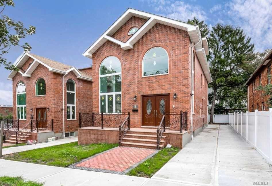 26-11 212th Street, Bayside, NY 11360 - MLS#: 3249657