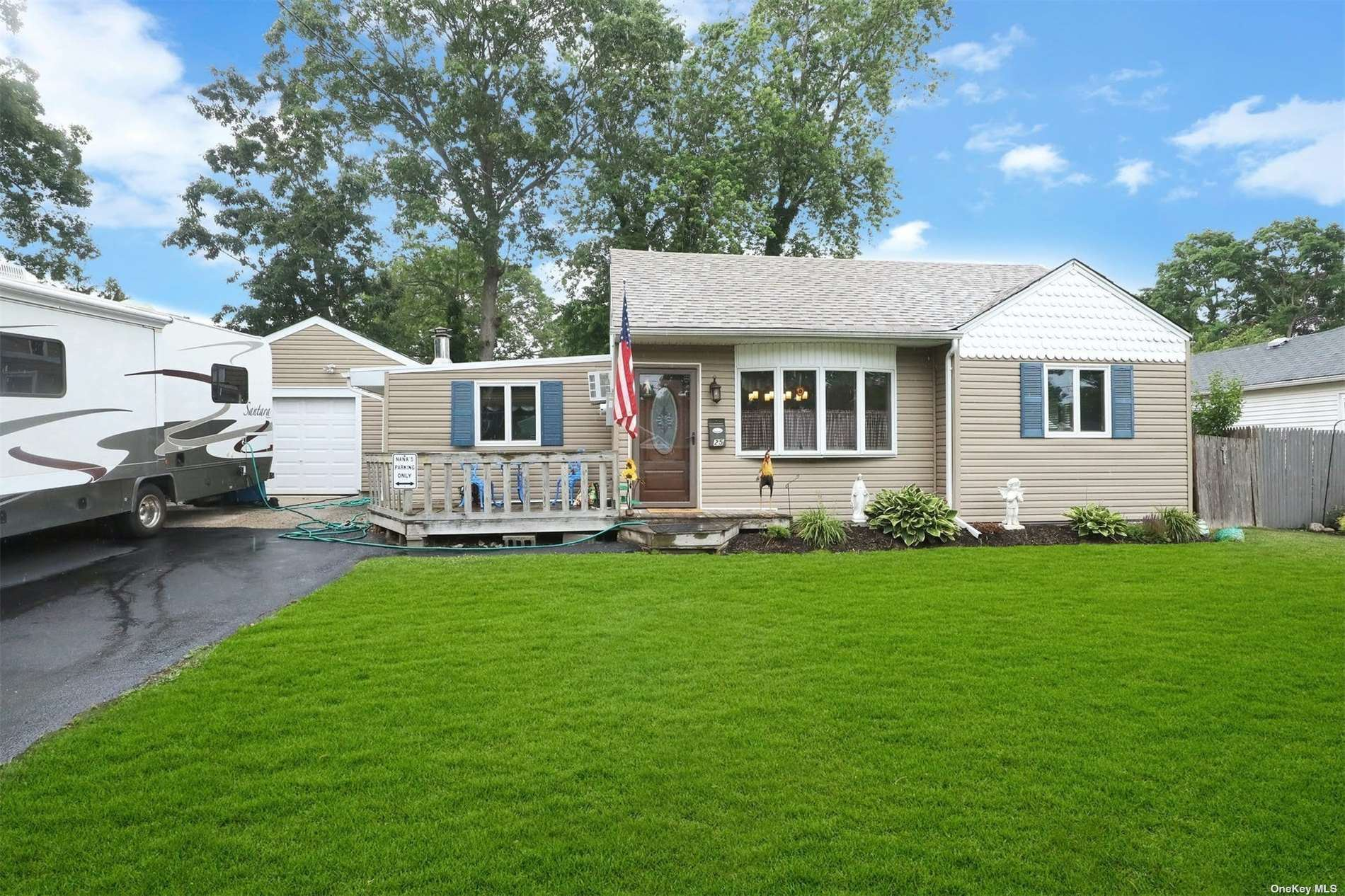 25 Snyder Street, Patchogue, NY 11772 - MLS#: 3326658