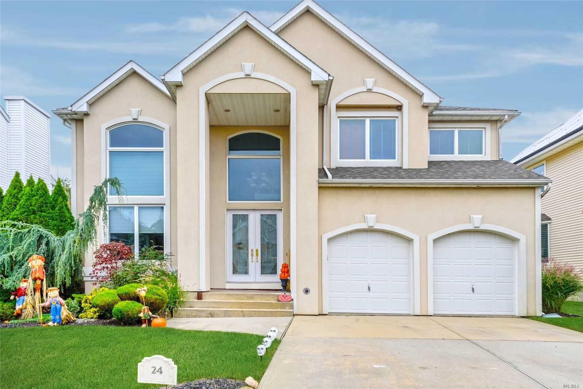 24 Crescent Cove Cir, Seaford, NY 11783 - MLS#: 3233659