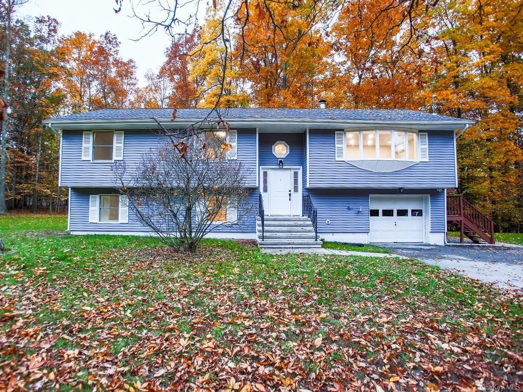 Photo of 589 Decker Road, Wallkill, NY 12589 (MLS # H6090660)