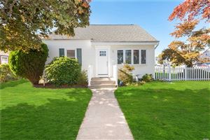 Photo of 209 S Strong Ave, Copiague, NY 11726 (MLS # 3173664)