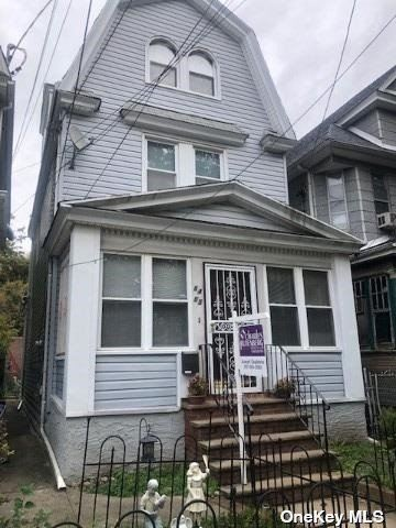 Photo of 8405 96 Street, Woodhaven, NY 11421 (MLS # 3355664)