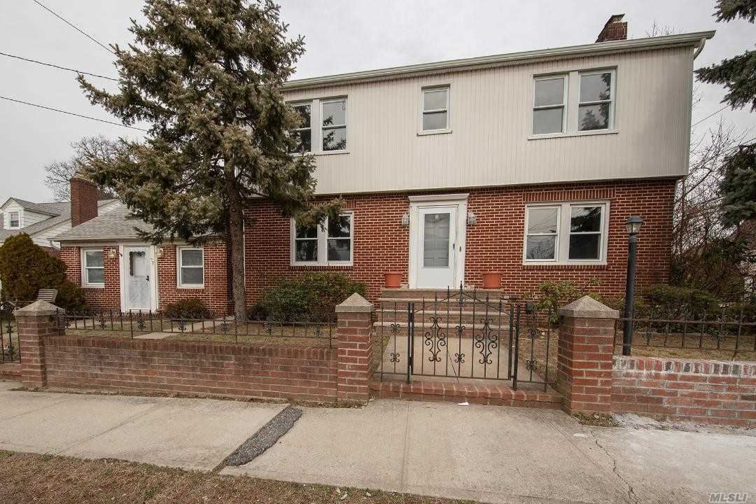 75 E Carpenter Street, Valley Stream, NY 11580 - MLS#: 3201664