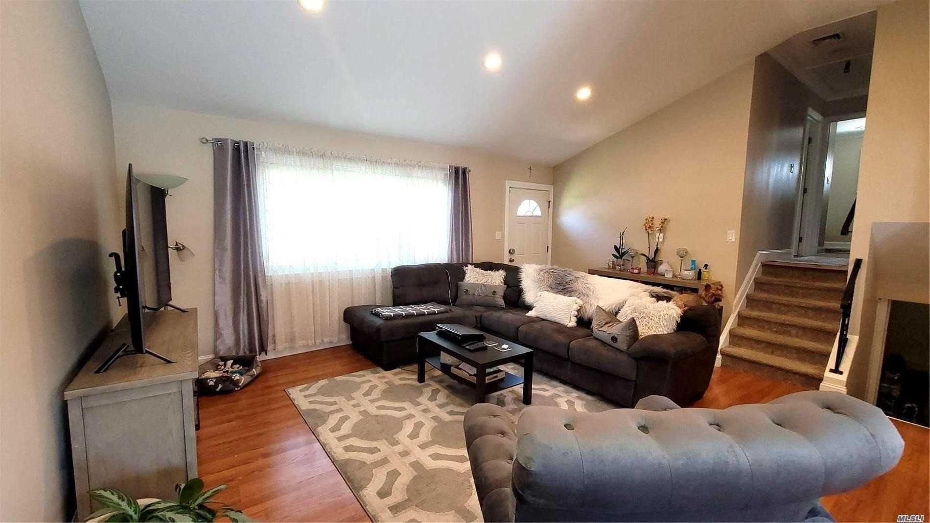 203 N Monroe Avenue, Lindenhurst, NY 11757 - MLS#: 3252664