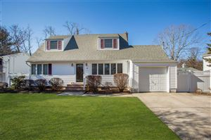 Photo of 46 Lower Rocky Poin Rd, Miller Place, NY 11764 (MLS # 3115665)