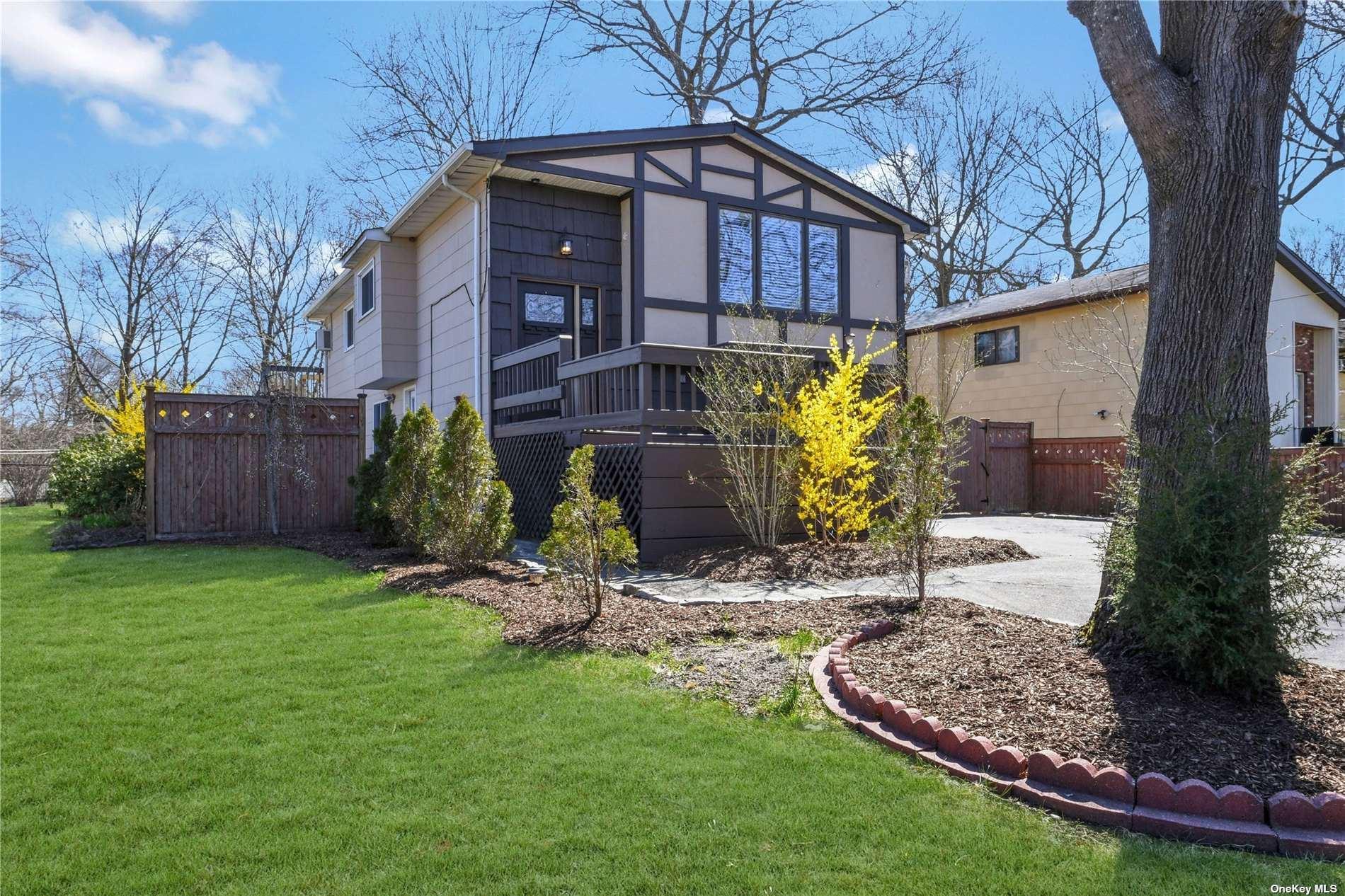 350 Auborn Avenue, Shirley, NY 11967 - MLS#: 3301665
