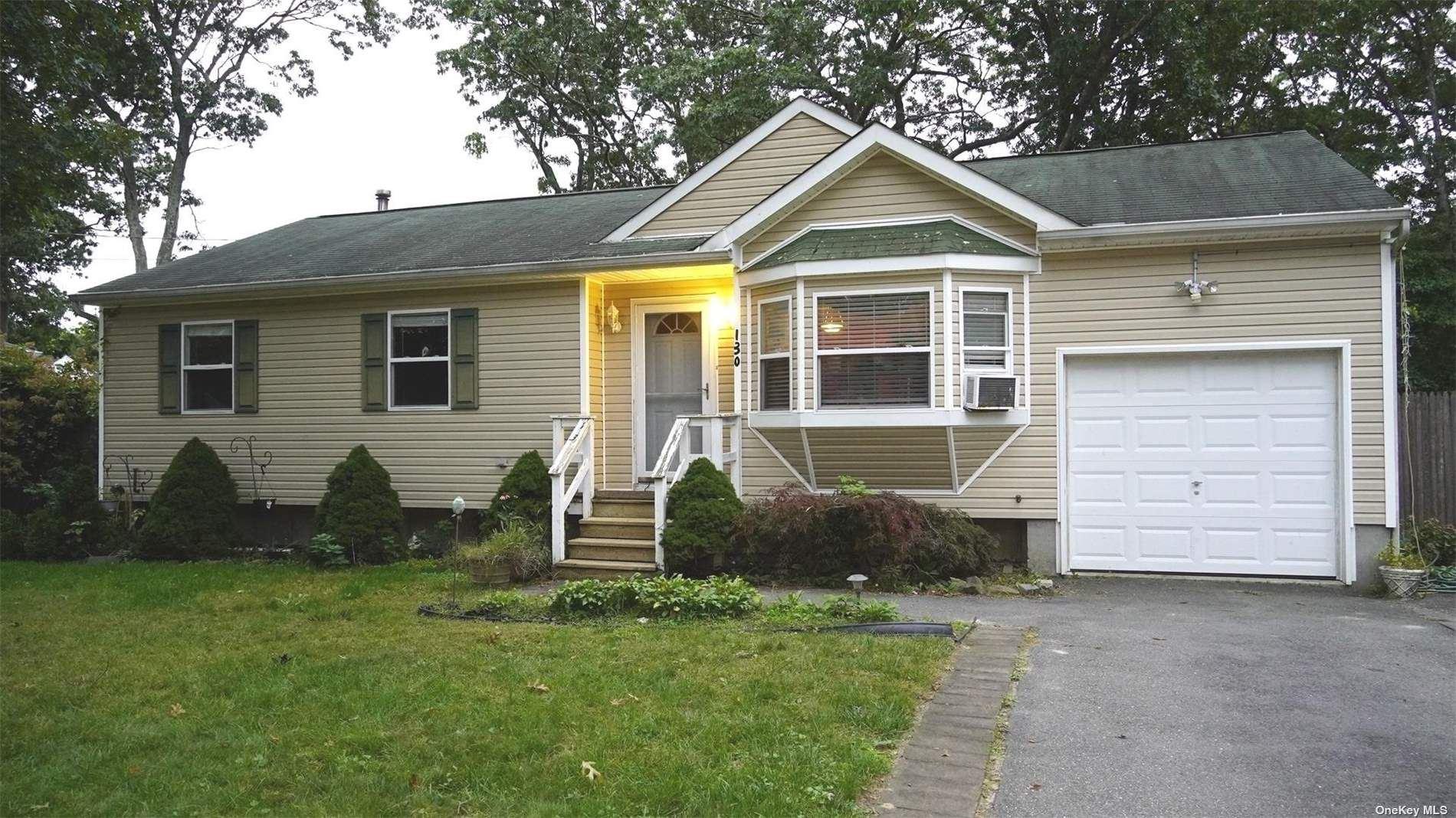 130 Patchogue Avenue, Mastic, NY 11950 - #: 3351665
