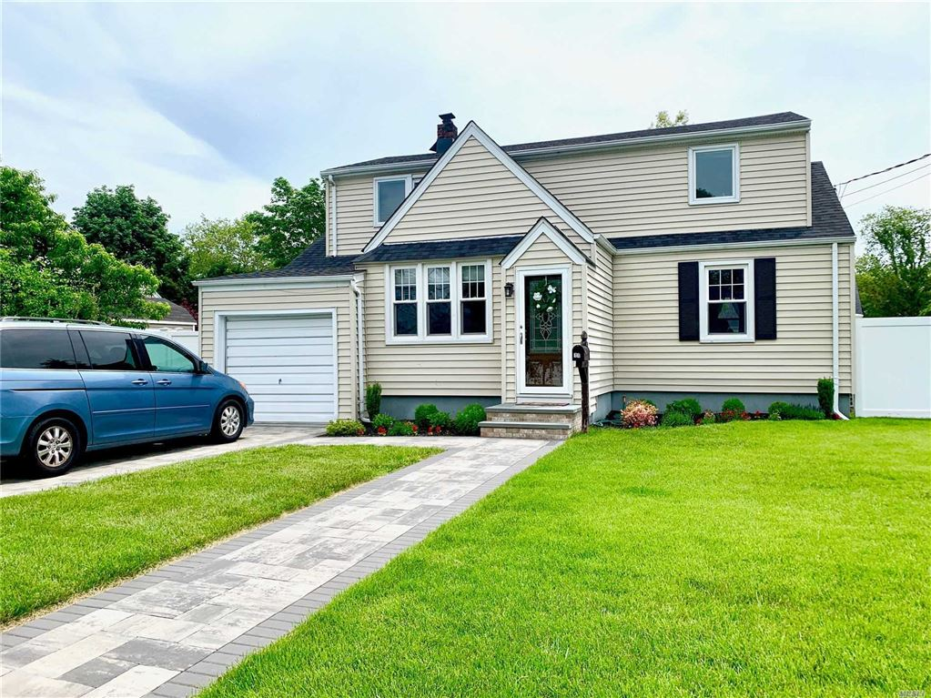 11 Anchor Court, West Babylon, NY 11704 - MLS#: 3137666