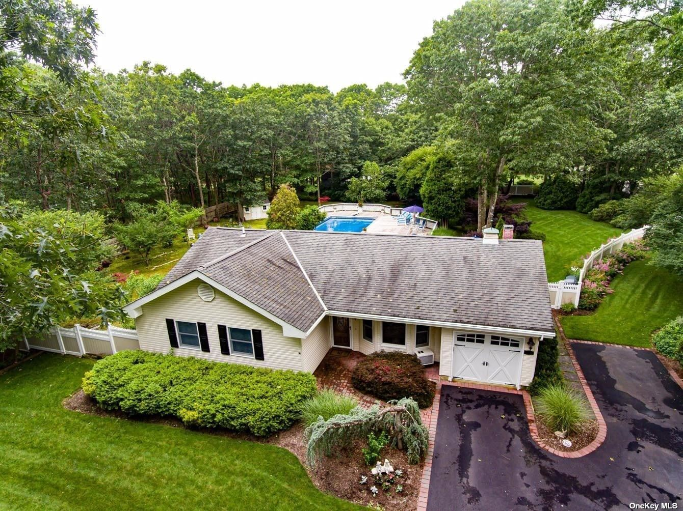 64 Florence Drive, Manorville, NY 11949 - MLS#: 3329668