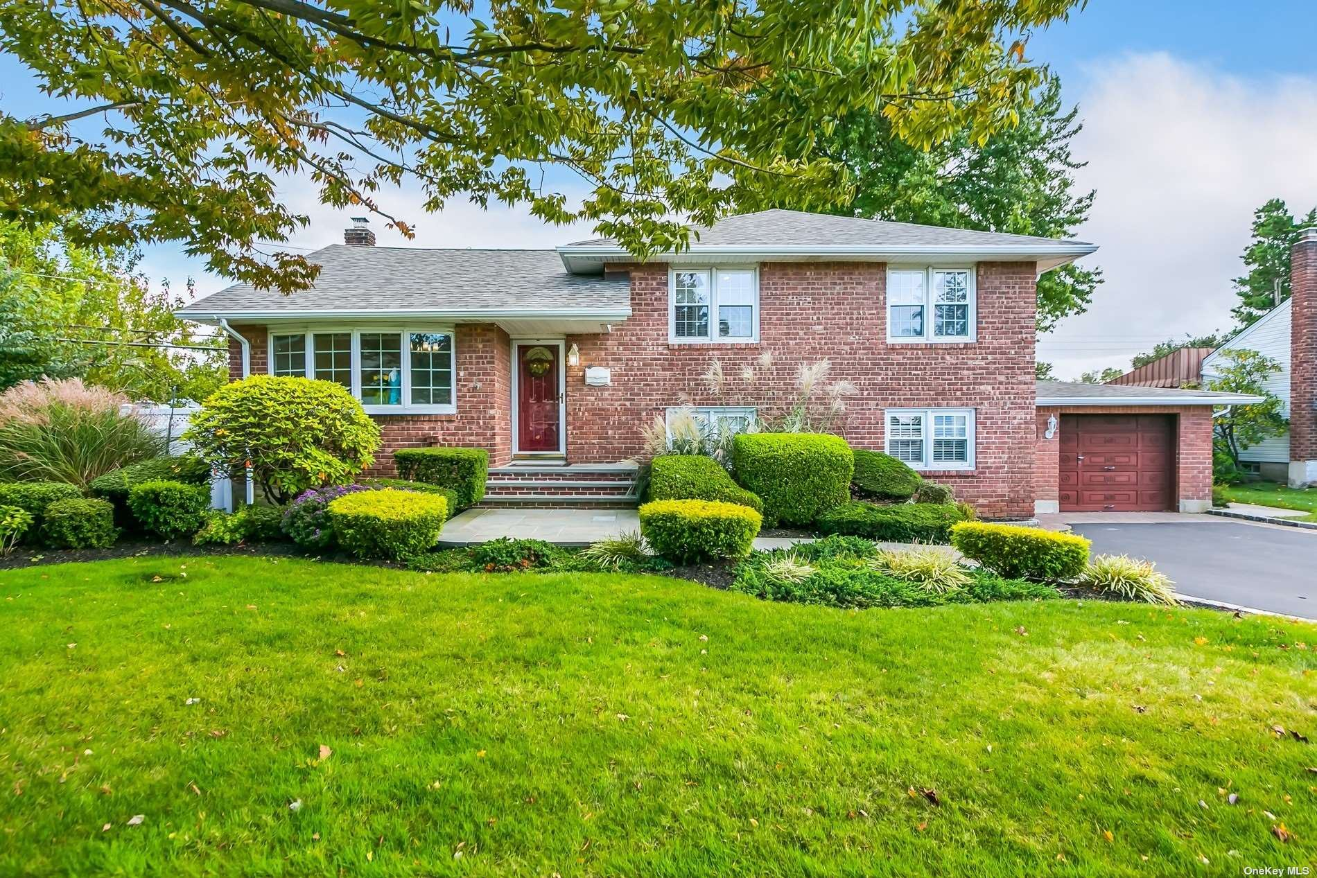 4 Meadow Wood Lane, Farmingdale, NY 11735 - MLS#: 3353668