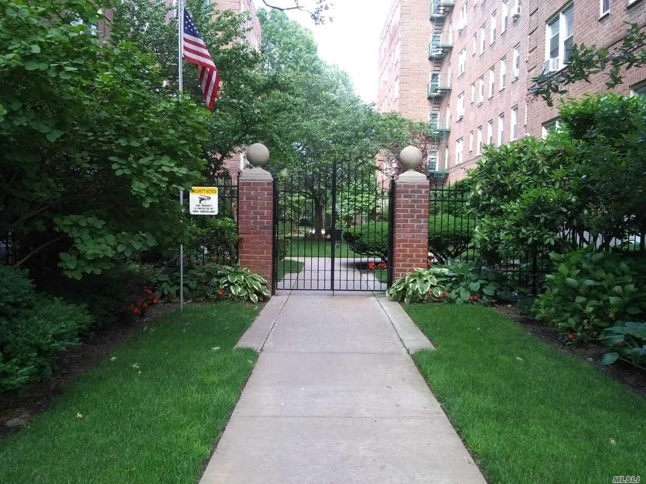 32 Cathedral Avenue #5E, Hempstead, NY 11550 - MLS#: 3237671