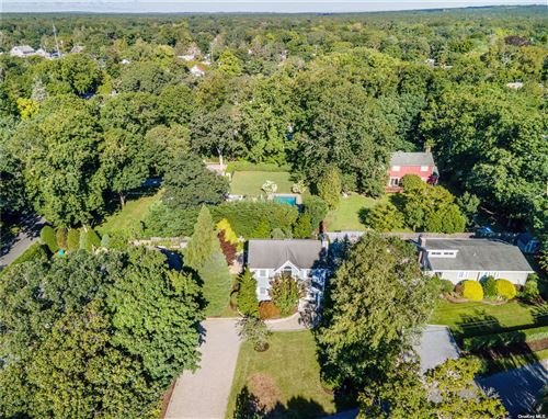 Photo of 12 Foster Crossing, E. Quogue, NY 11942 (MLS # 3342672)