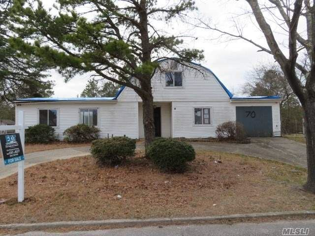 70 S Village Drive, Bellport, NY 11713 - MLS#: 3207672