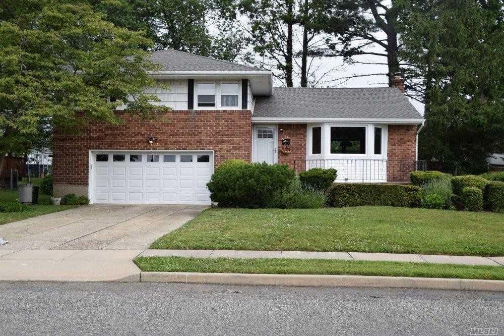 16 Aster Drive, Hicksville, NY 11801 - MLS#: 3223673