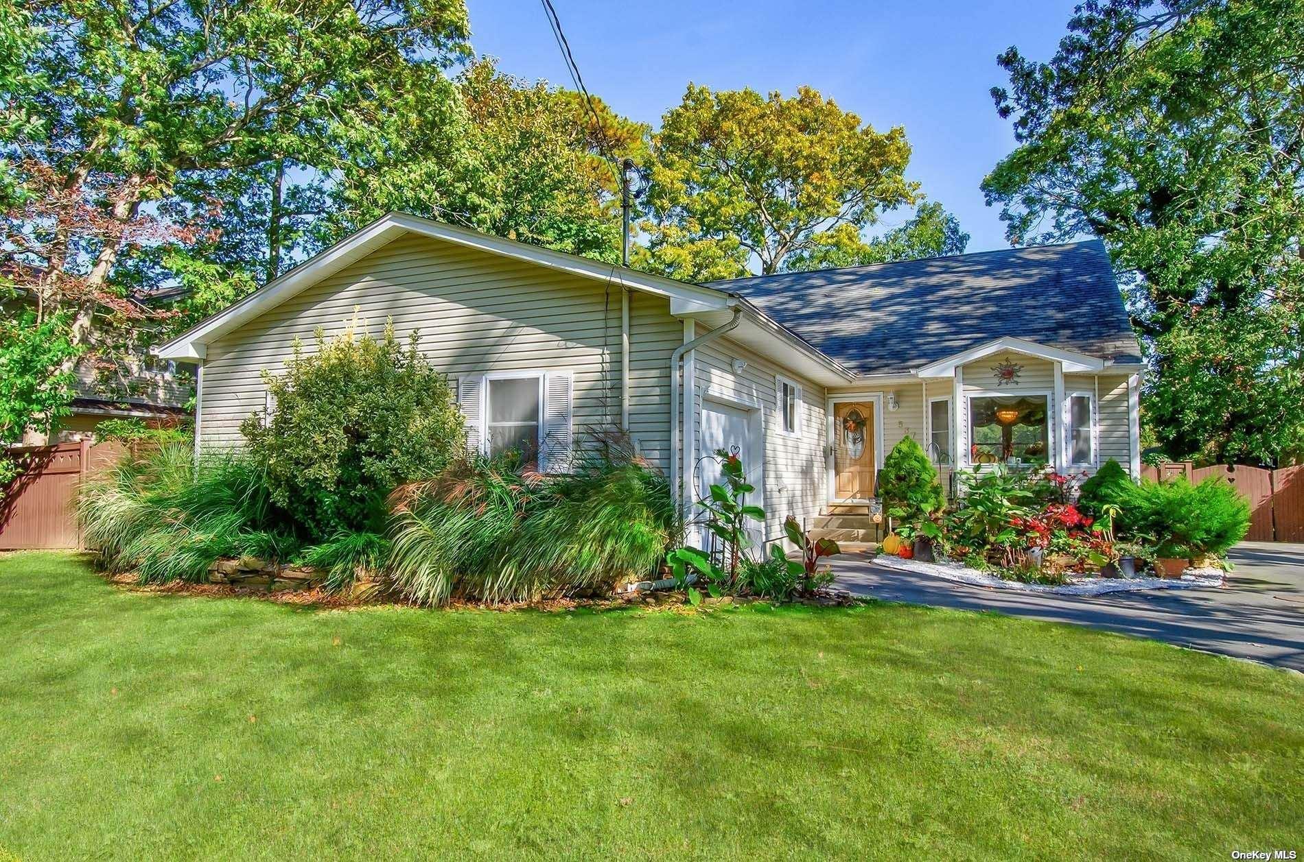 537 Smithtown Avenue, Bohemia, NY 11716 - MLS#: 3354673