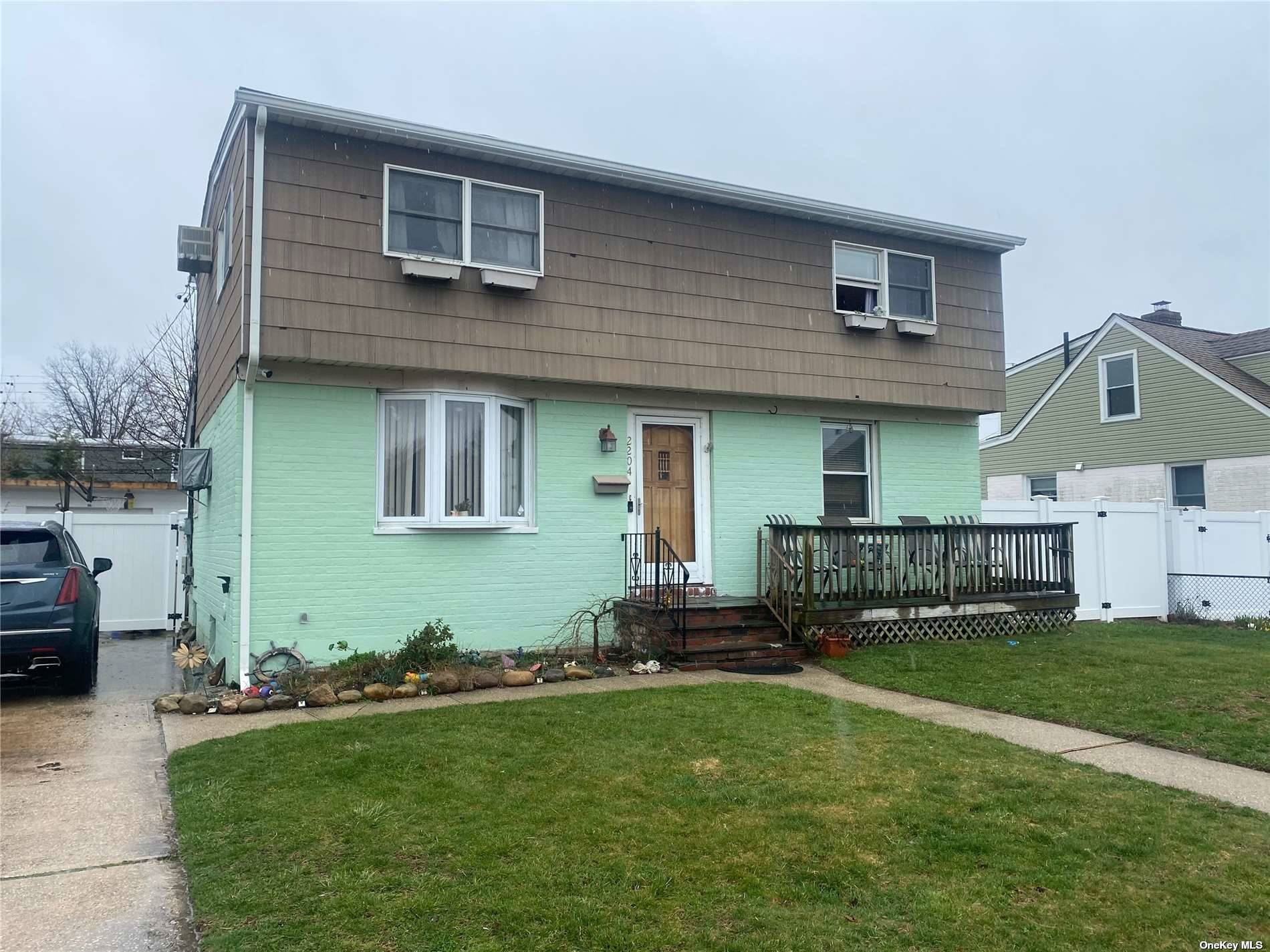 2204 Bright Avenue, East Meadow, NY 11554 - MLS#: 3298674