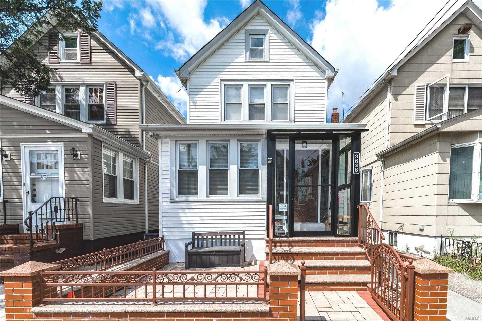 36-26 201 Street, Bayside, NY 11361 - MLS#: 3238676