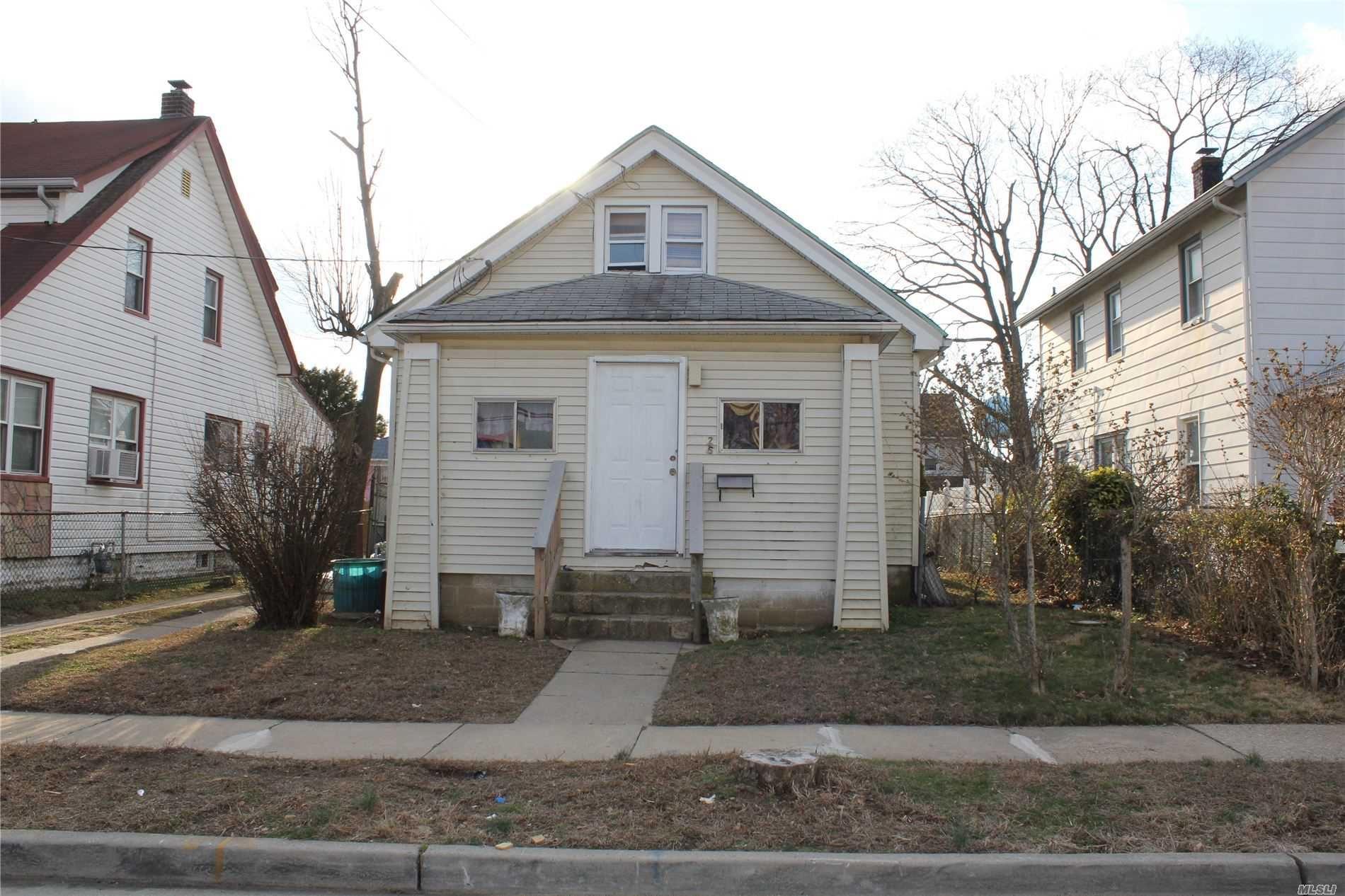 26 Garfield Pl, Hempstead, NY 11550 - MLS#: 3204677