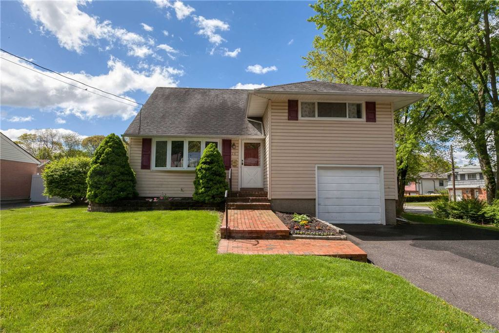 24 Lancaster Place, Huntington Sta, NY 11746 - MLS#: 3132679