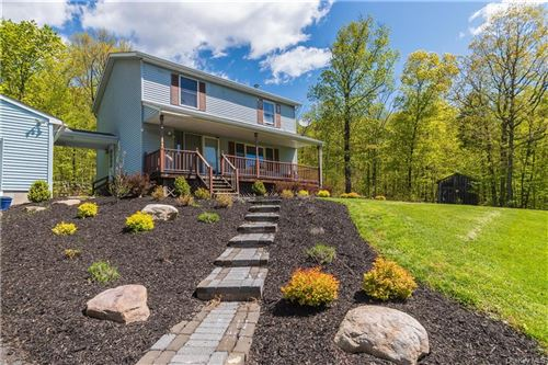 Photo of 901 Upper Mountain Road, Pine Bush, NY 12566 (MLS # H6113684)