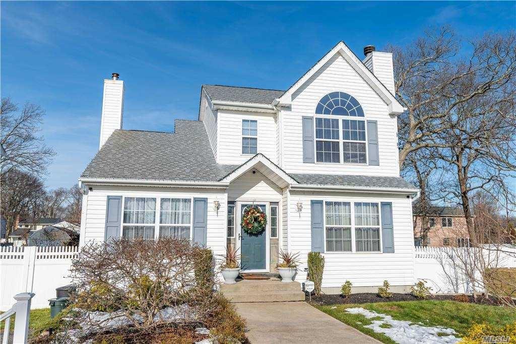 45 Lombardy Drive, Shirley, NY 11967 - MLS#: 3276685
