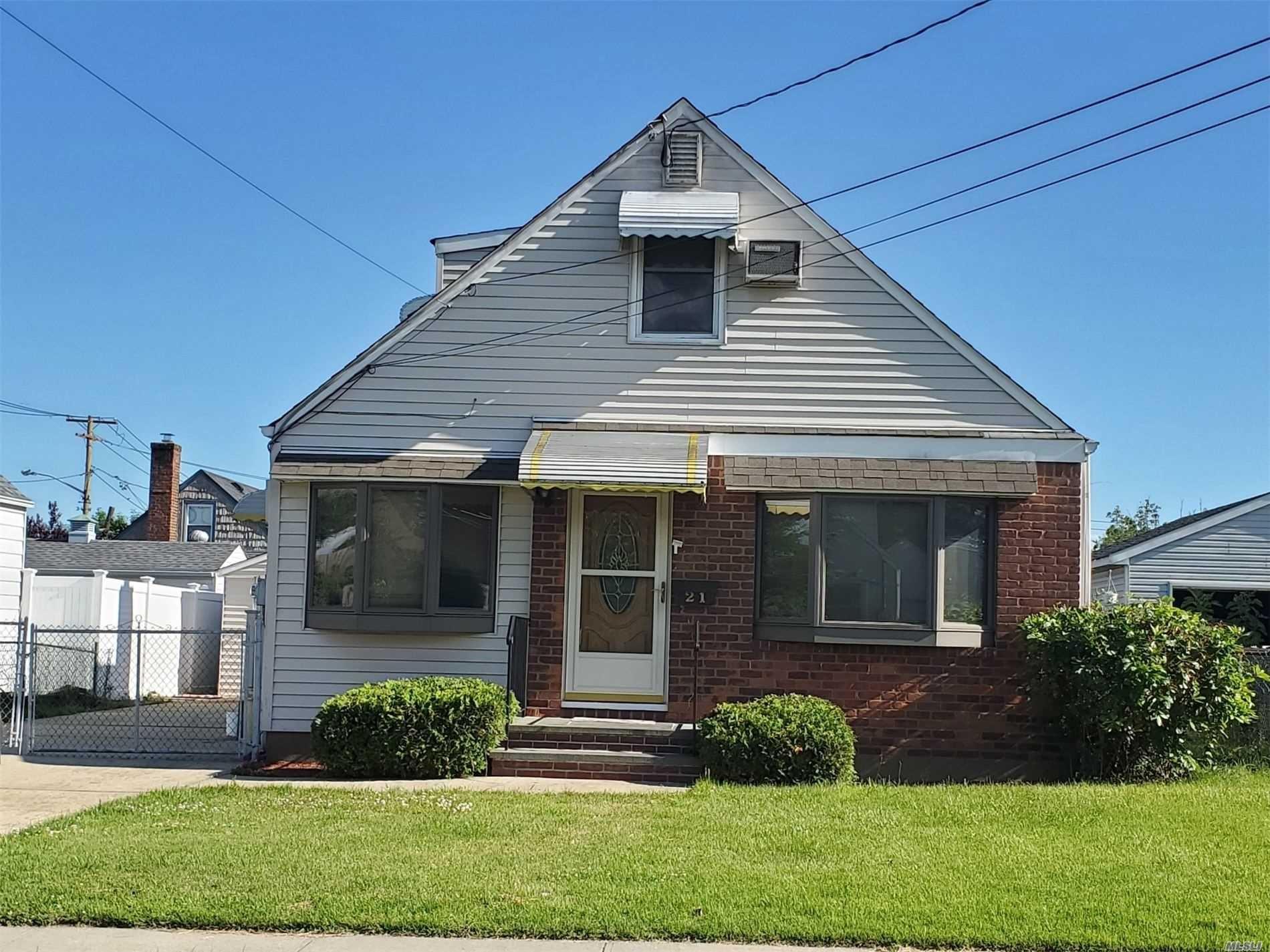 21 Marvin Ave, Hicksville, NY 11801 - MLS#: 3222686