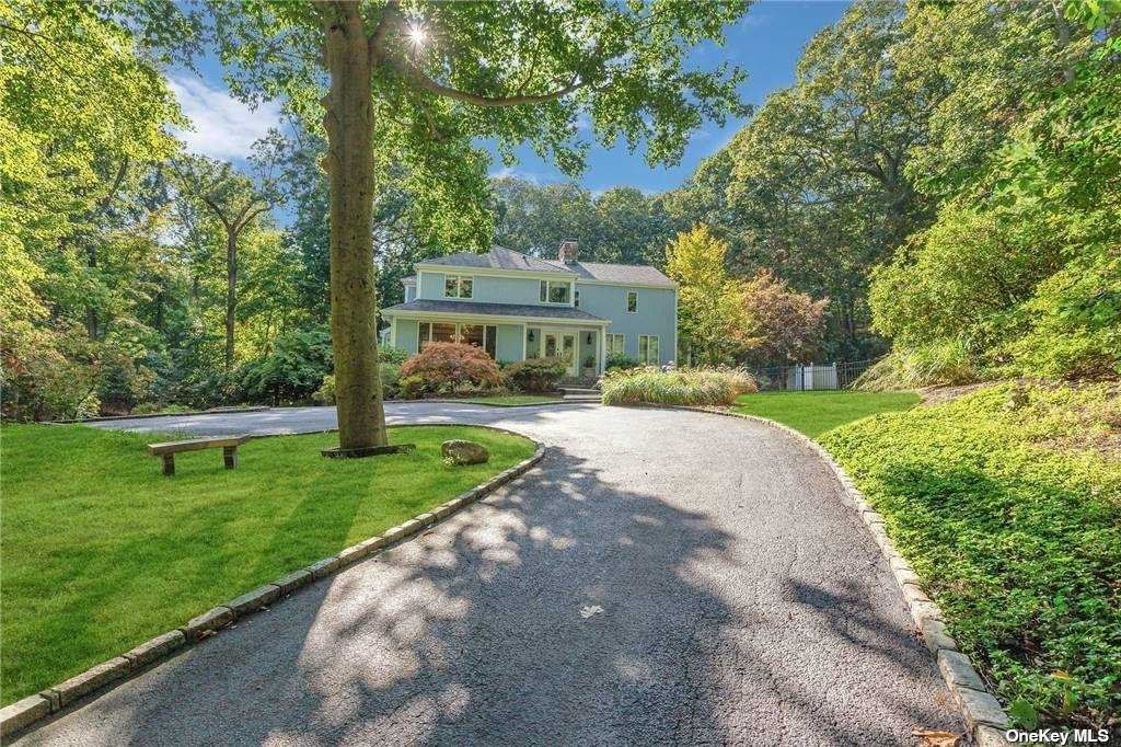 Photo of 39 Laurel Cove Road, Oyster Bay Cove, NY 11771 (MLS # 3258686)