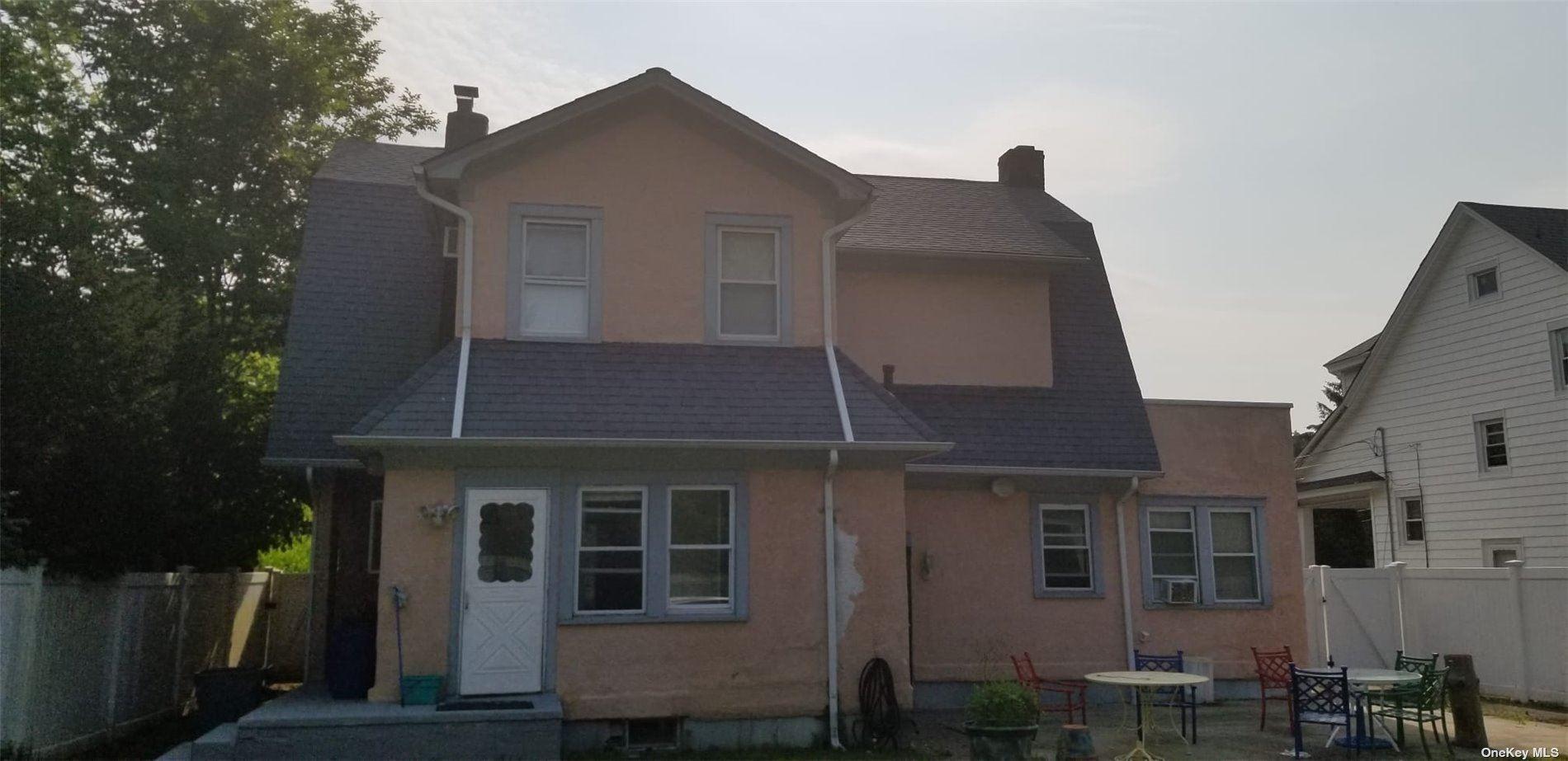 Photo of 240 Locust Avenue, Freeport, NY 11520 (MLS # 3354686)