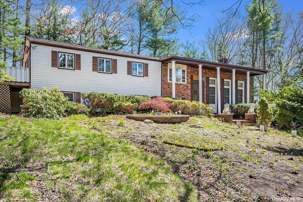 23 Colonial Drive, Smithtown, NY 11787 - MLS#: 3304689