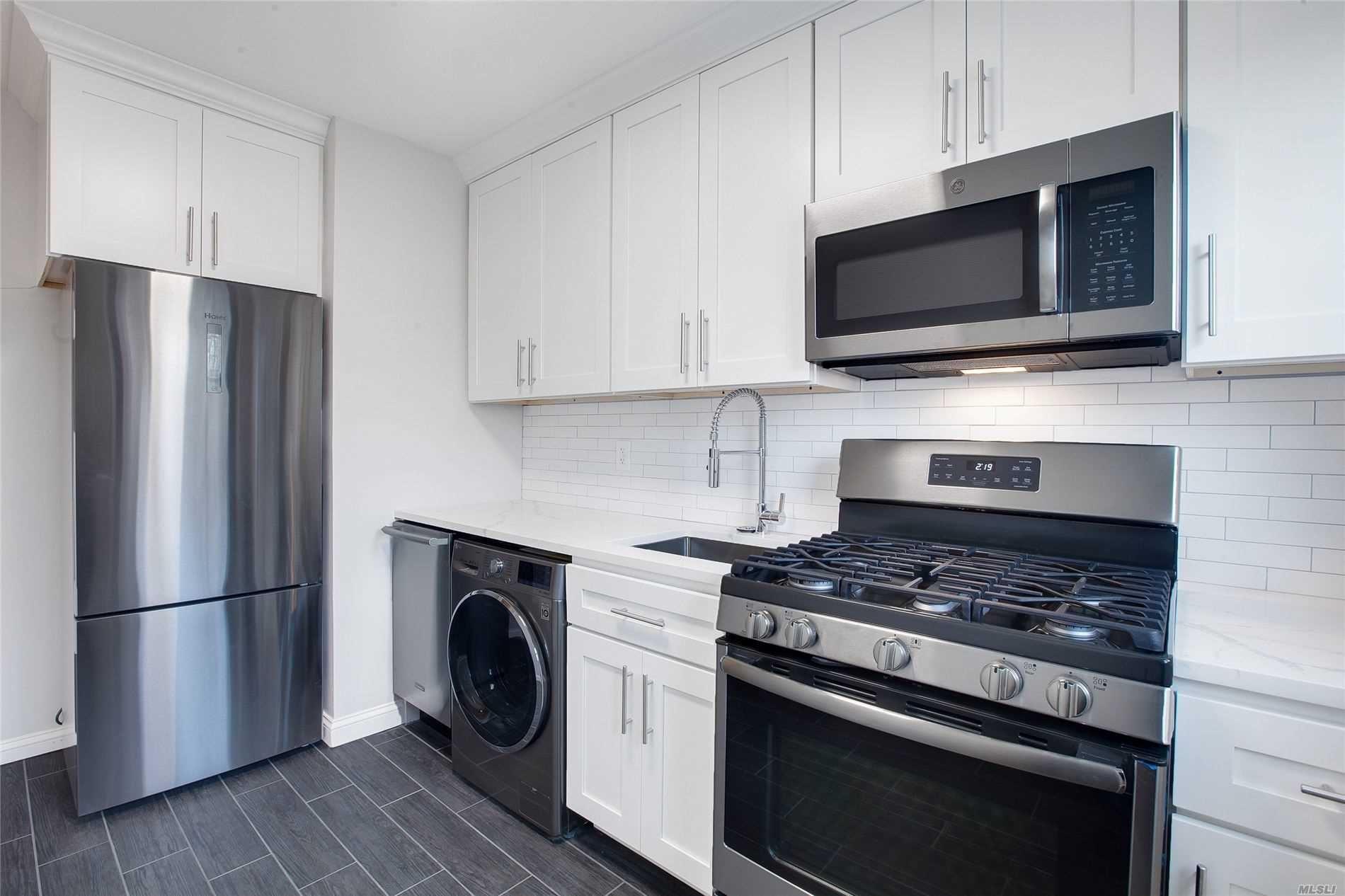 220-64 75 Avenue #1st Fl, Bayside, NY 11364 - MLS#: 3201690