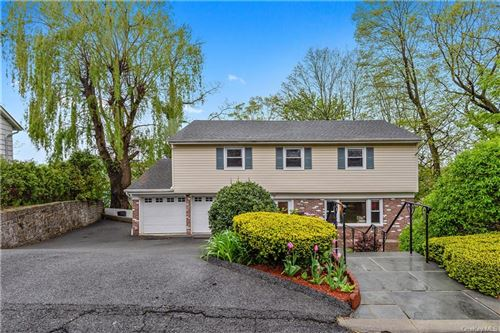 Photo of 1 Theresa Lane, Scarsdale, NY 10583 (MLS # H6058692)