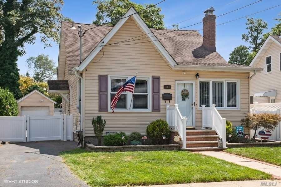 343 Madison Avenue, West Hempstead, NY 11552 - MLS#: 3242692