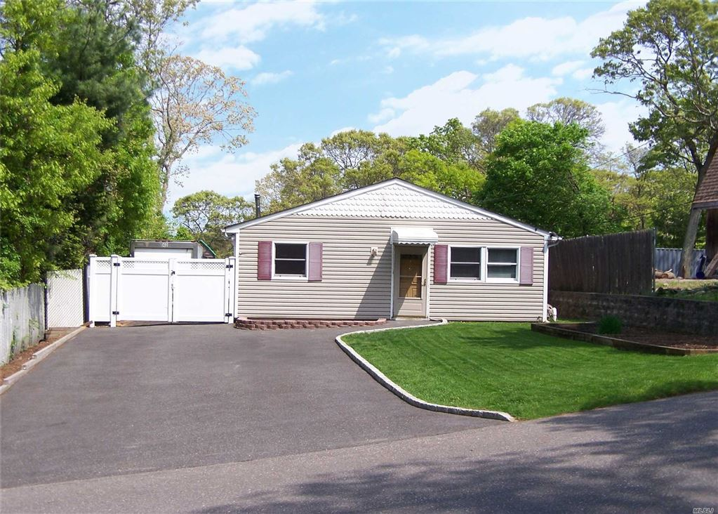 53 Ridgewood Avenue, Selden, NY 11784 - MLS#: 3130698
